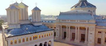 Biserica Ortodoxă Română contribuie la renovarea şcolilor