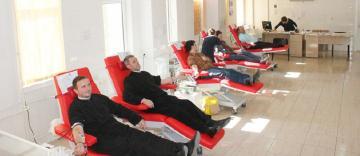 220 de persoane din Eparhia Dunării de Jos au donat sânge în această săptămână la Galaţi