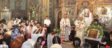"""Slujire arhierească și binecuvantare la biserica """"Sf. Împărați"""" din Brăila"""