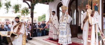 Sărbătoarea Adormirii Maicii Domnului la Mănăstirea Vladimireşti