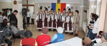 """Manifestări culturale şi social-filantropice la Centrul """"Speranţe pentru vârsta a III-a"""" din cadrul parohiei """"Sf. Stelian"""" din Galaţi"""