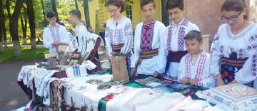 Satul românesc – izvor de identitate