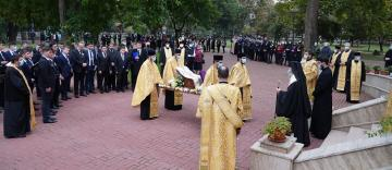 Rămăşiţele pământeşti ale Episcopului Nifon Niculescu au ajuns la Galaţi