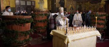 Ajunul Bobotezei la Catedrala Arhiepiscopală din Galaţi