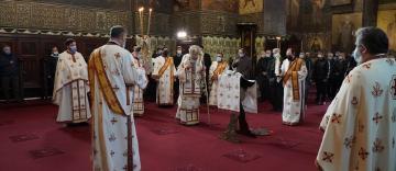Duminica Sfintei Cruci la Catedrala Arhiepiscopală din Galaţi
