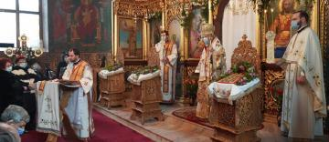 """Hramul parohiei """"Sfinţii Trei Ierarhi"""" din municipiul Galaţi"""