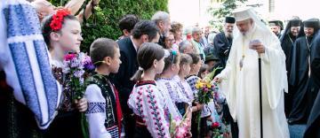 Patriarhul Daniel, binecuvântare în noul an școlar pentru elevii și profesorii români de pretutindeni